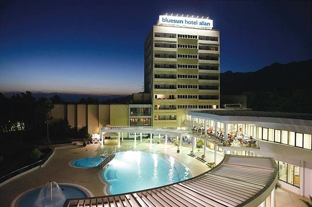 Bluesun Hotel Alan - Starigrad Paklenica