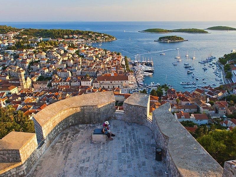 Die Insel Hvar-die Königin unter den Dalmatinischen Inseln